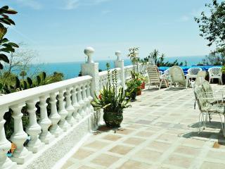 Villa de playa en Benalmádena. Vistas al mar., Torremolinos