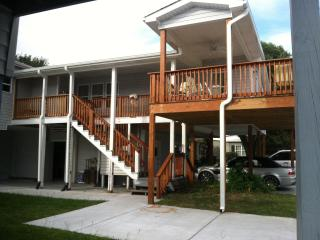 5 Bdm 4 Bth 1 min.walk to Bch, includes apartment, Surfside Beach