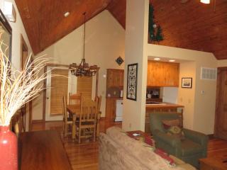 Ozark Hideaway Lodge, Branson West
