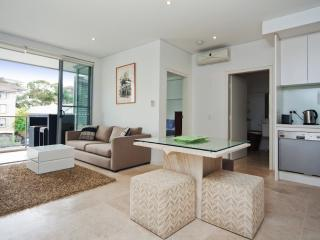 Coogee 1BR Luxury Aprt CO08