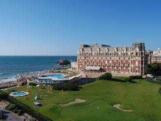 VIEW SEA+PALACE CENTRE BIARRITZ 50M FROM BEACH, Biarritz