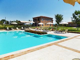 La Fiorita Farmhouse in Cortona,Apartment Rosa