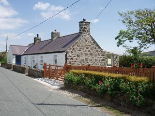 Beautiful Detached Stone Cottage near Aberdaron