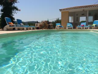 Maison accueillante, vue magnifique et panoramique, Montseret