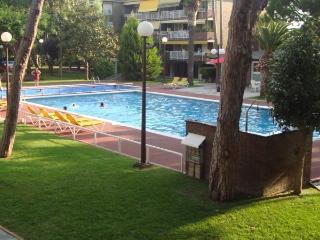 5 Pax Apartamento Playa, Piscina, Tenis, Gava