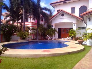 Tropical Love, Pattaya