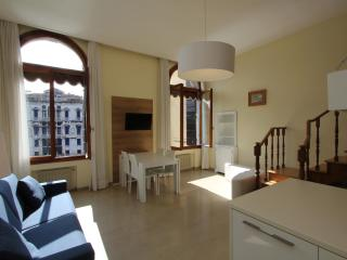 Gran Canal View - VeniceApartment