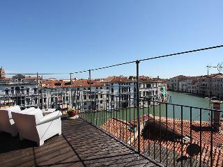 Gran Canal Loft - VeniceApartment