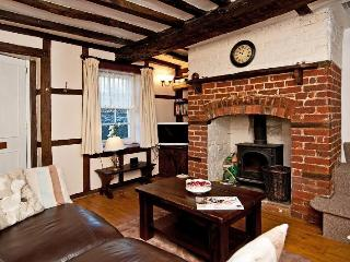 Charming but modernised City Centre Cottage in fabulous location