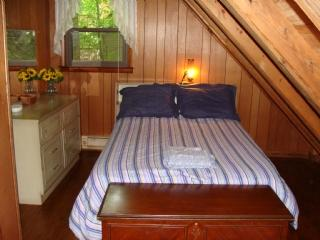 Cama en dormitorio #4 segundo piso Loft