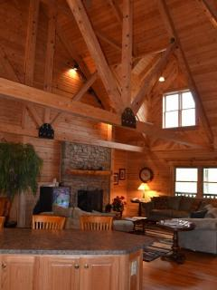 Beautiful Log Cabin Feel