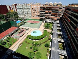 Habitacion en Valencia, con piscina.