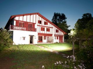 Malaxenborda XVIIIth c.basque farm near Biarritz, Urrugne