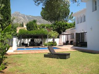 Luxuriöse Andalusische Villa in Marbella Naqüeles