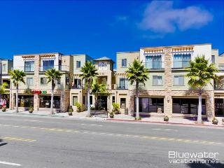 Pacific Blue Three - Vacation Rental on Border of Pacific and Mission Beach, La Jolla