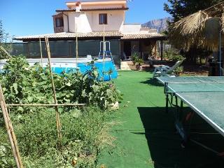 villa ROGIS, Terrasini