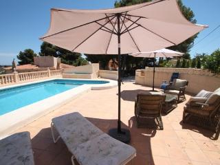 Pinos - modern, well-equipped villa with private pool in Benissa