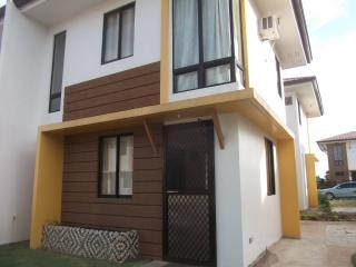 Duplex house for Rent in Cordova Mactan, Cebu