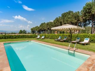 Casa Felice Matteucci, Sleeps 12, Capannori