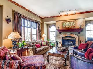 Oxford Court 201, Sleeps 6, Beaver Creek