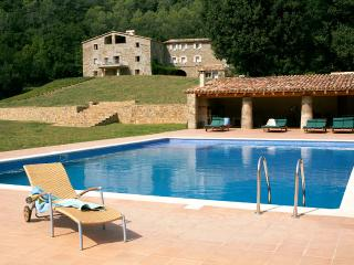 Can Jan, Sleeps 24, Besalú