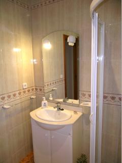 Bathroom 2. Ground floor.