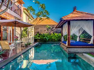 Omah Mutiara I By Bali Villas RUS - MODERN VILLA CLOSE TO SEMINYAK, Seminyak
