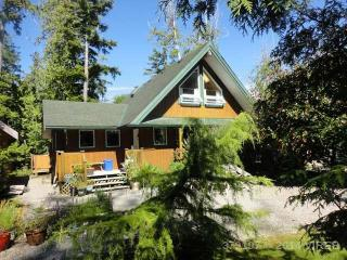 Jensen's Bay Retreat House, Tofino