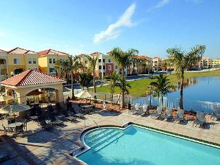 Resort style condo in luxurious community!!