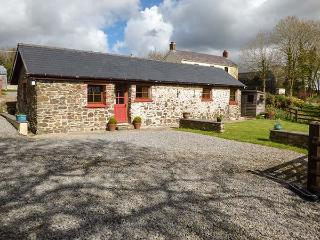 CILWEN FACH, all ground floor, en-suite, off road parking, garden, in Carmarthen, Ref 922875