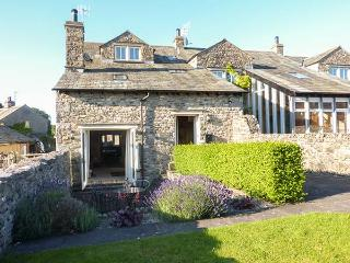 HOOPERS END, stone barn conversion, beams, WiFi, underfloor heating, near Kendal