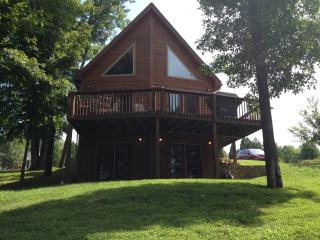 Lake House Getaway, Leitchfield