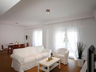Luxury Spacious Appartment in the Center of Town, Rhodes Town