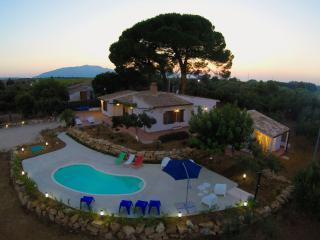 villa 2 pini affacciata sul golfo di Castellammare