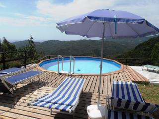 Casa Piansoprano, private swimming-pool + sea view, San Colombano Certenoli