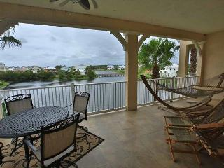 Cinnamon Beach Unit 1131 - Amazing end unit on the Water, steps to the beach!, Palm Coast
