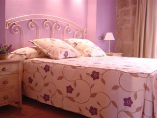 Apartamento nuevo en alquiler en la plaza de Valde, Valderrobres