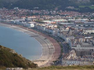 Llandudno Holiday Home