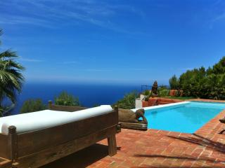 Stunning Large Luxury Villa with sea views, Port de San Miguel