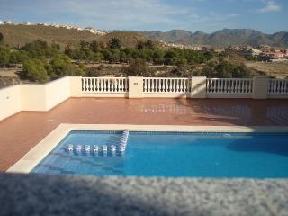 Fabulous 3 bedroom apartment in Puerto De Mazarron