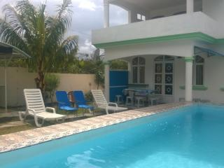 villa  with  pool in quiet region at lowest  price, Grand Baie