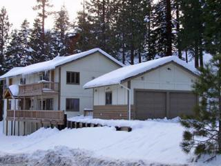 (001a) Chef Dave's Lodge - 9 Bedrooms / 5 Baths - Sleeps 22, Lago Tahoe