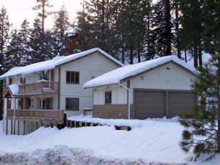 (001a) Chef Dave's Lodge - 9 Bedrooms / 5 Baths - Sleeps 22, Lake Tahoe