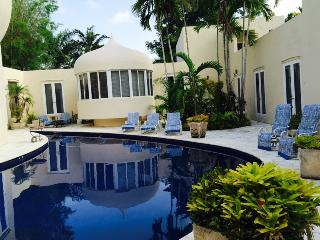 EXOTIC SUITE AT MIAMI LANDMARK ESTATE