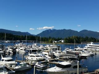 Gorgeous Waterfront View 2bd+den/2bh best location, Vancouver