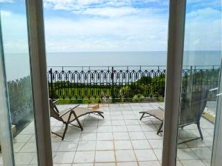 SEAVIEW HOUSE, garden, WiFi, open plan,in Ventnor, Ref 920525