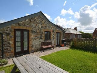 SPLBU Barn situated in Crackington Haven (7mls SE)