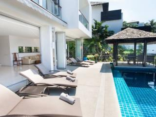 Stunning Surin 4 Bed Seaview Villa, Thalang District