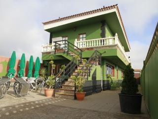 LA CASA VERDE,  HABITACIONES DOBLES CON BAÑO, San Cristobal de La Laguna