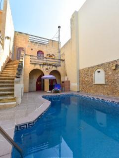 Tas-Summiena Villa with Private Pool